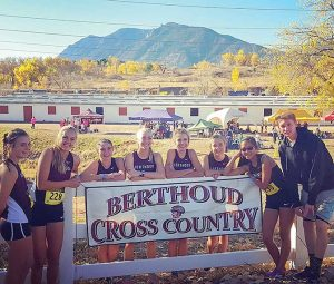 Julianne Evans Dennison, Liz Bosnich, Maycee White, Cailey Archer, Alyssa Radloff, Alex Schults, Kathryn Mathiesen and Josh Doyle competed at the state cross county meet on Oct. 29 in Colorado Springs. photo courtesy of Jordan Jennings