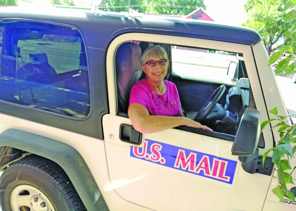 Tammy Schaal retires after 35 years as a rural mail carrier |